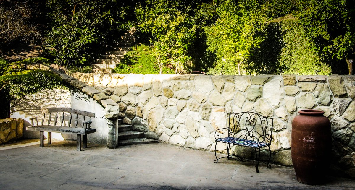 Stone wall in Sycamore Canyon